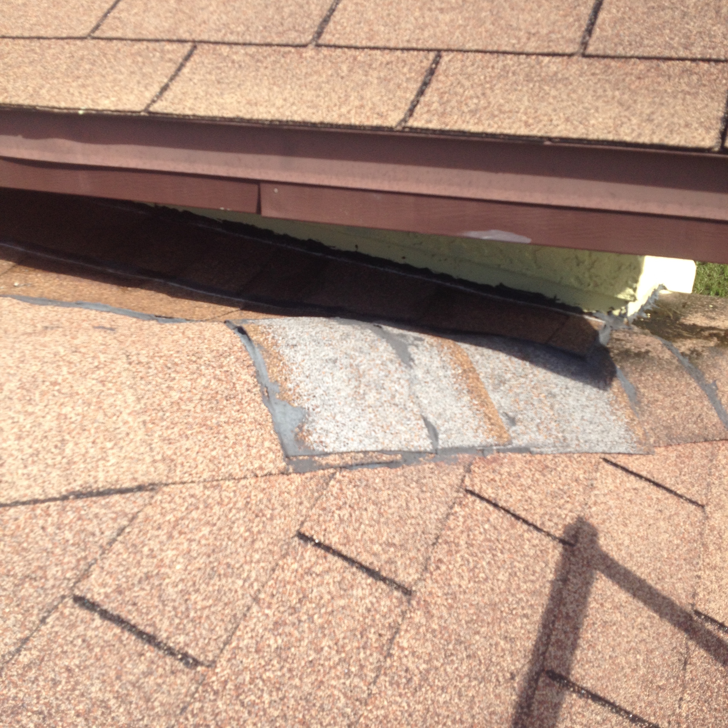 Leakage Of Roof: Low Slope Roof Leak – Repaired